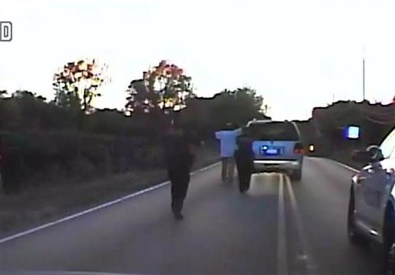 قتل راننده خودرو به خاطر سرپیچی از دستور پلیس در آمریکا + فیلم