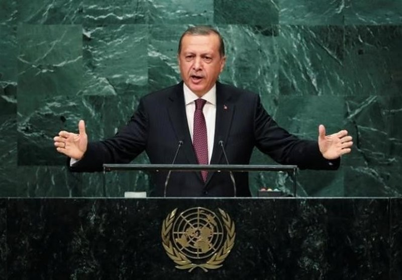 Erdogan Blasts West; HDP to Boycott House