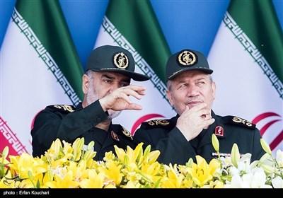 Silahlı Kuvvetlerin Geçiş Töreni - Tahran