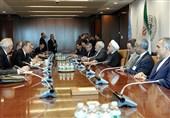 روحانی: الأطراف الدولیة الأخرى تماطل فی تنفیذ التزاماتها حیال الاتفاق النووی