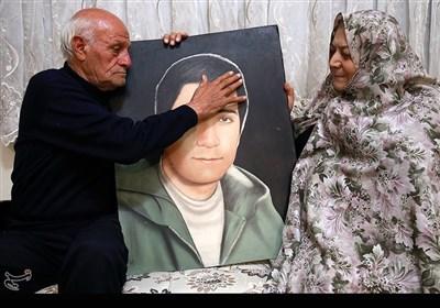 مادر و پدر شهید داوود حسینی
