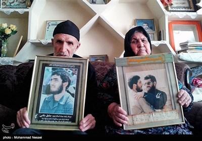 مادر و پدر شهید صادق مکتبی
