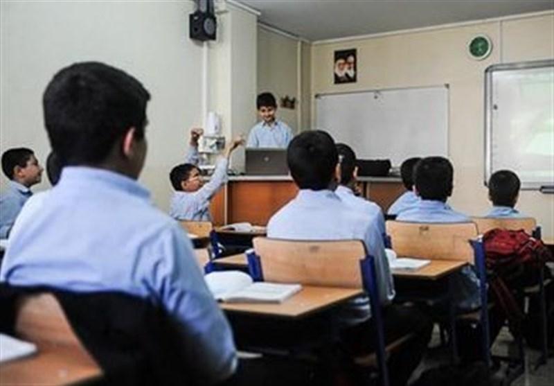 والدین به استعدادهای دانشآموزان توأم با نیازهای شغلی جامعه توجه کنند