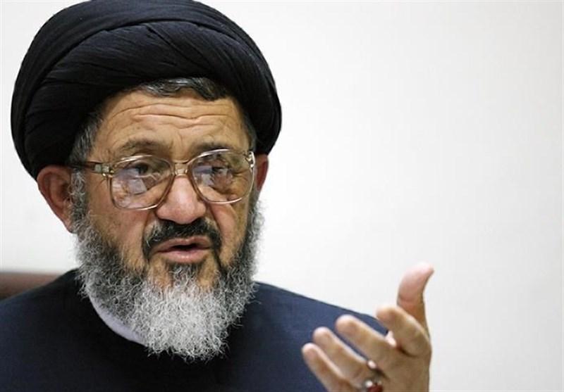 حجتالاسلام اکرمی: حداقل توقع مردم از رئیسجمهور تغییر تیم اقتصادی است
