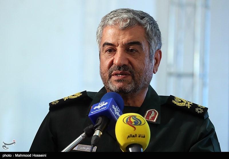 ایرانی قوم کی مزاحمت مغرب پر واضح ہو گئی ہے/ عراق میں حشد الشعبی کی تشکیل ناگزیر تھی