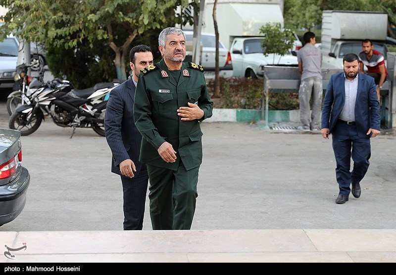 IRGC Forces Dispatched to Quake-Hit Areas in Western Iran
