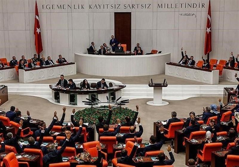 البرلمان الترکی یمدد مهام الجیش فی الخارج لعام اضافی