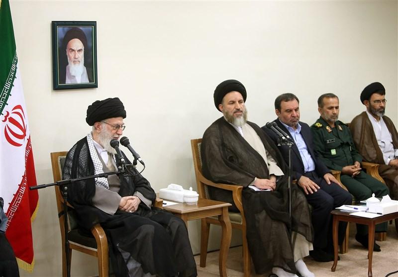 الإمام الخامنئی: الحرب الناعمة تهدف لإبعاد الشعب عن ساحة الجهاد والمقاومة