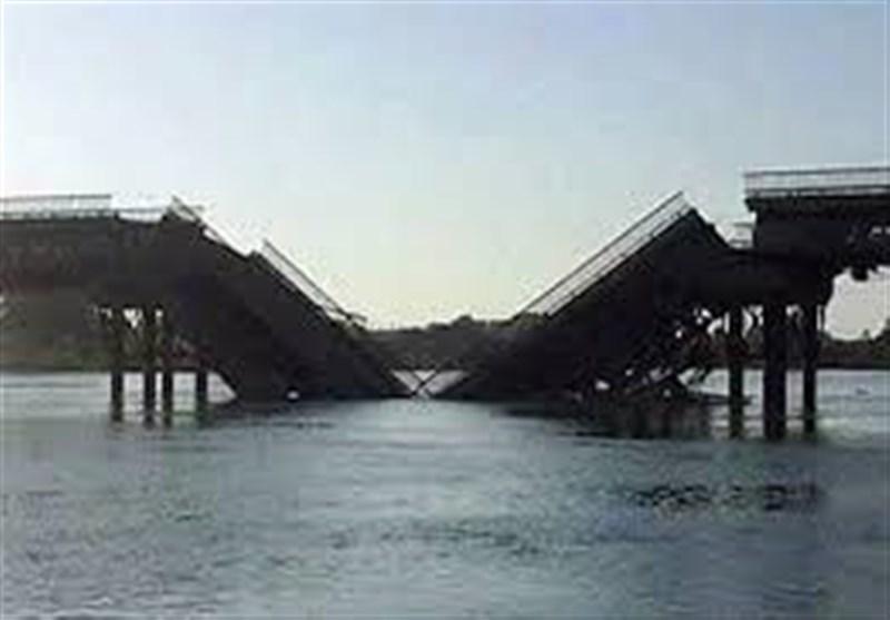 التحالف الدولی الأمیرکی یدمر مزیدا من جسور دیر الزور شرق سوریا