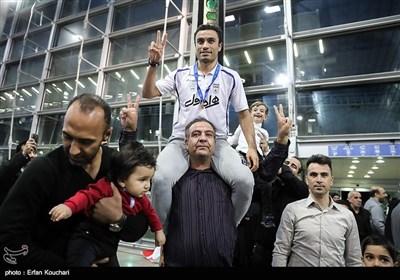 استقبال منتخب خماسی الکرة لدى عودته من کولومبیا