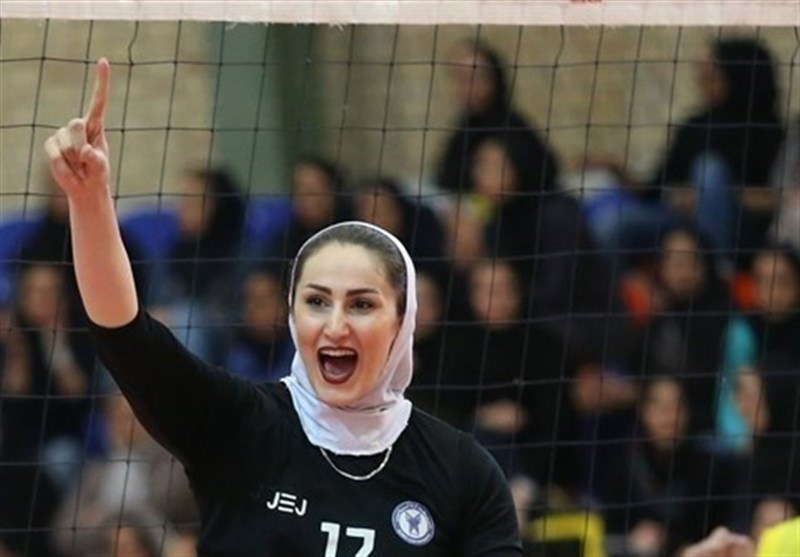 بانوان ایران در رقابتهای انتخابی جهان/ قهرمانی تیم ملی والیبال بانوان ایران در آسیای مرکزی