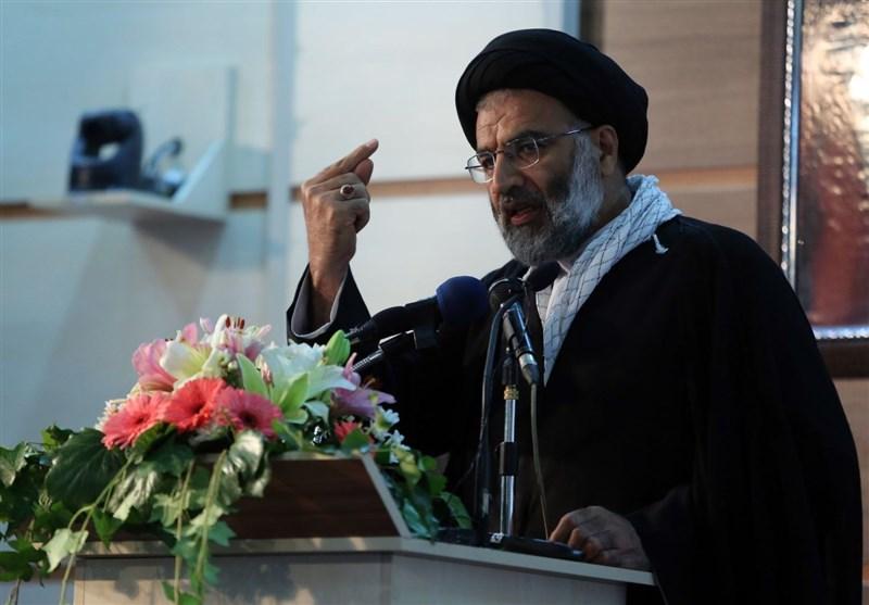 امام جمعه اهواز: رسانهها برخورد قوه قضائیه با دانه درشتهای مفاسد اقتصادی را انعکاس دهند