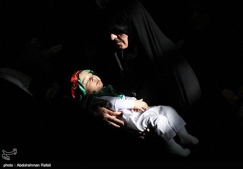 مراسم شیرخوارگان حسینی در نقاط مختلف استان یزد برگزار شد