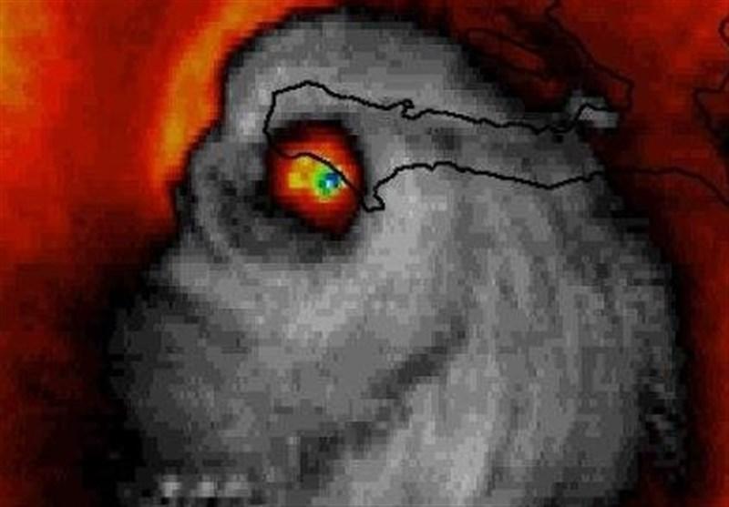 """صورة عاصفة """"ماثیو"""" تثیر الرعب...والسبب؟"""