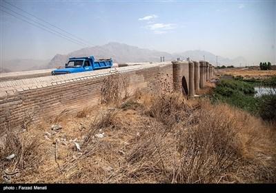 وضعیت نامناسب پل نادرآباد- کرمانشاه