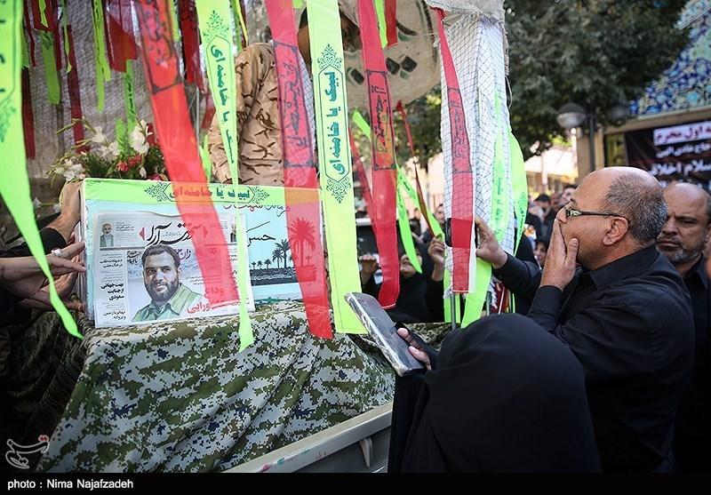 وداع مردم تهران با پیکر پاک ۱۵۰ شهید تازه تفحص شده سالهای دفاع مقدس