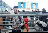 خروج زائران کربلای معلی از مرز مهران - ایلام