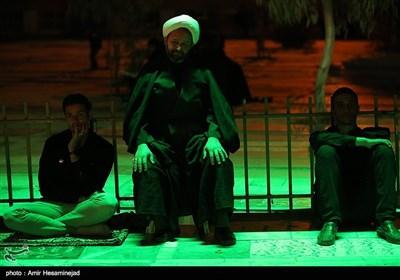 مراسم عزاداری شب عاشورا در هیئت رزمندگان اسلام -قم