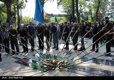 مراسم النفخ فی الأبواق الفلکلوریة فی یوم عاشوراء - محافظة جیلان