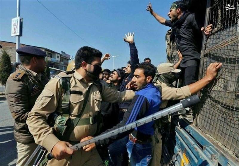 هند رهبر حزب آزادی خواه کشمیر را حبس خانگی کرد/ اعتراض عمومی مردم کشمیر پس از نماز جمعه