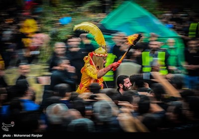 Ta'ziyeh Performed in Iran's Northern City of Ziabar during Muharram Mourning