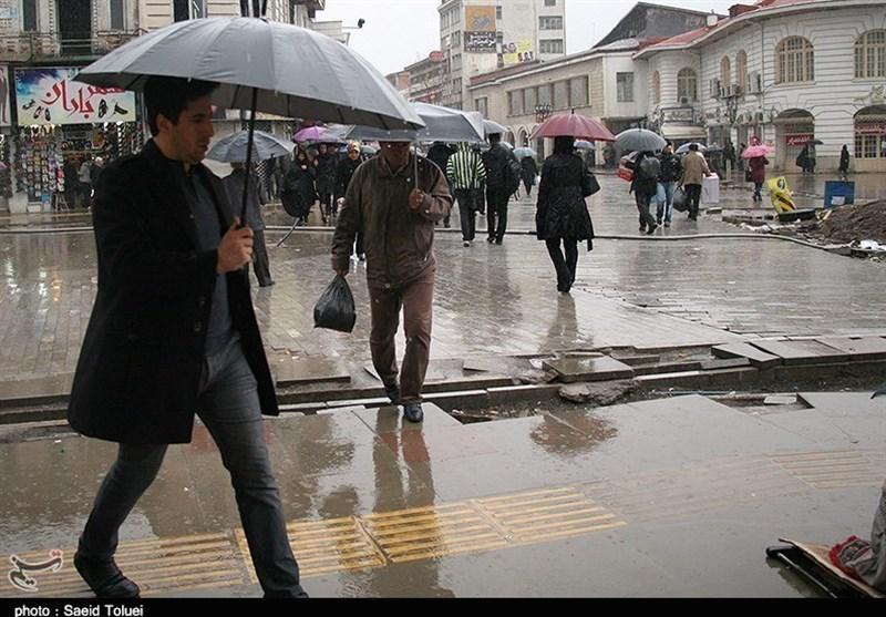 مناطق سردسیر آذربایجانغربی برفی میشود