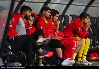 بیرسبولیس یمطر شباک نفط طهران بثلاثیة