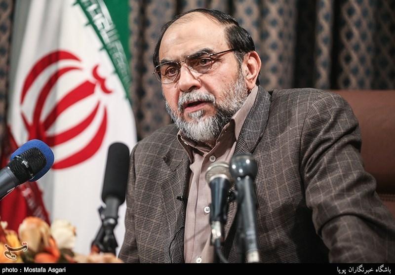 Rahimpur'dan Ruhani'ye Sorumluluğunu Kabul Etmesi İçin Teklif