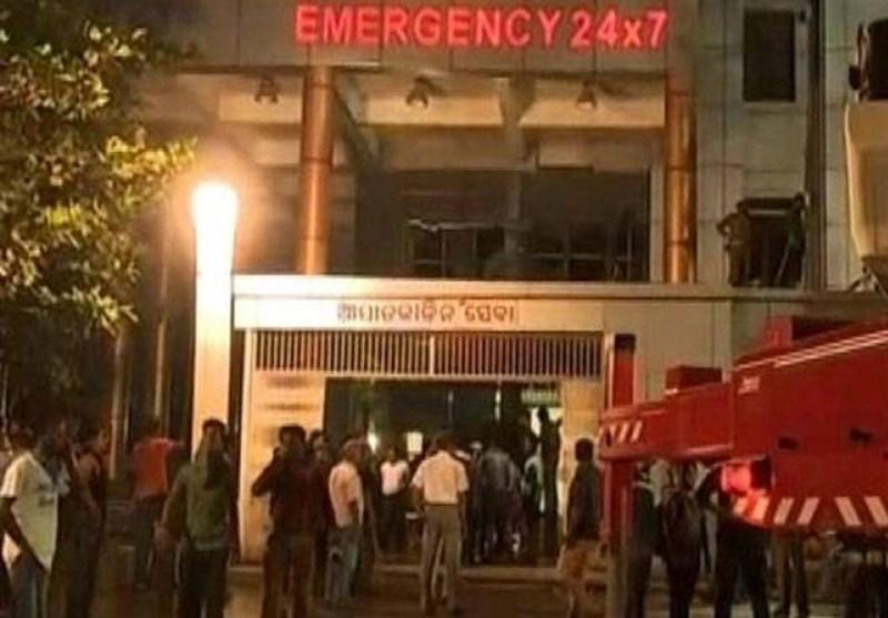 بھارت کے نجی اسپتال میں آتشزدگی سے 22 افراد ہلاک، درجنوں زخمی/ تصویری رپورٹ