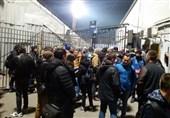 صفهای طولانی و ذوقزدگی هواداران روستوف/ پیشبینی خبرنگار اسپانیایی از نتیجه بازی + تصاویر