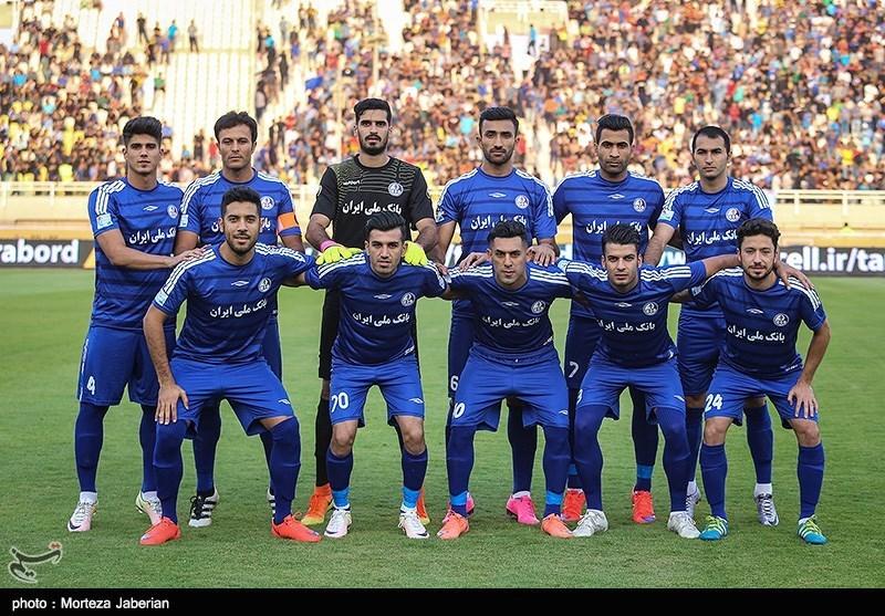 دیدار تیم های فوتبال استقلال خوزستان و پرسپولیس