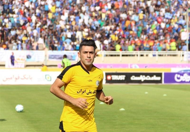 زهیوی: بازی در شاهین شهرداری بوشهر افتخار است اما هنوز قراردادی امضا نکردهام
