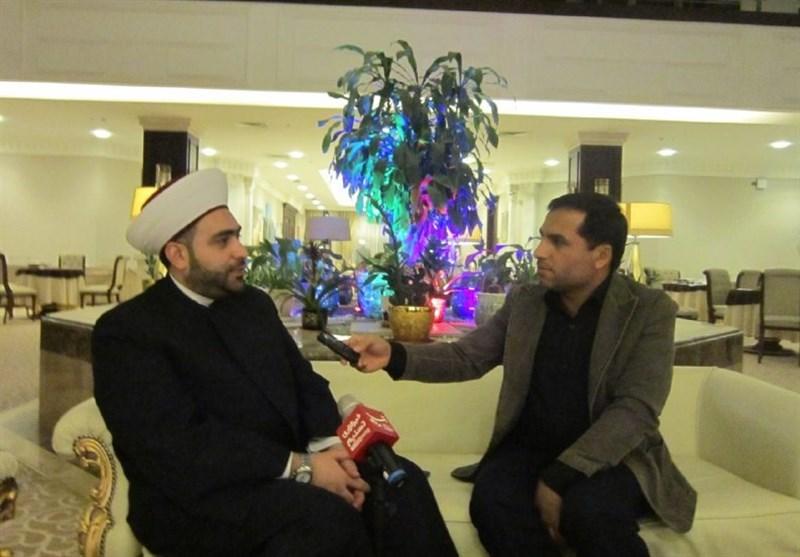 Ayetullah Hamenei İslam Birliğini Güçlendirme Yönünde Hareket Ediyor