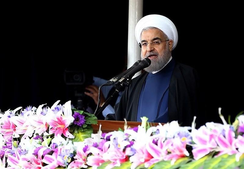 """روحانی: الإنتخاب بین""""ترامب"""" و""""کلینتون"""" هو اختیار السیئ من الأسوأ"""