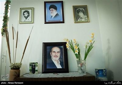 قاب عکس پدر شهید گل محمدی که فوت شده است