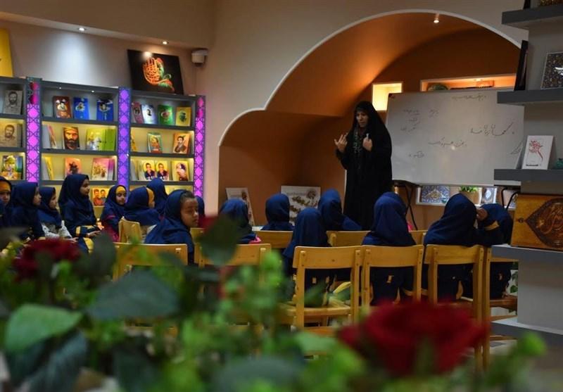کارگاه قصهگویی و کتابخوانی در مجتمع فرهنگی هنری شهر کاشان برگزار شد