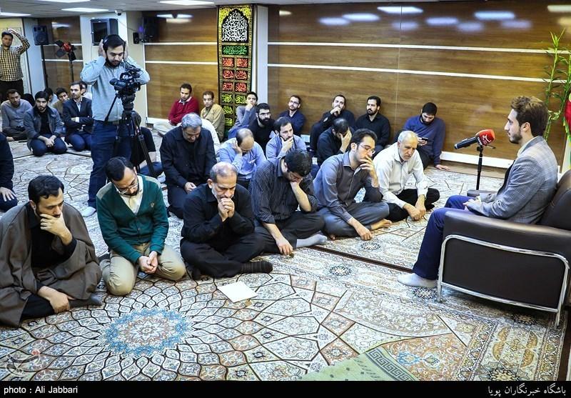 برنامه روخوانی و تفسیر قرآن کریم روزانه در کمیته امداد اجرا میشود