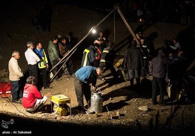 جستجو برای یافتن مقنیان مفقود شده در چاه 160 متری سبزوار