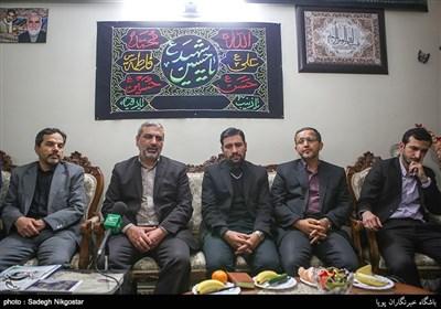 دیدار جامعه قرآنی با خانواده شهید خاتمی