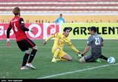 دیدار تیم های سیاه جامگان و نفت تهران
