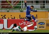 دیدار تیمهای فوتبال ذوبآهن اصفهان و استقلال خوزستان