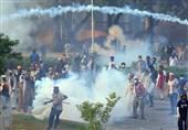تحریک انصاف کے کارکنان اور پولیس اہلکاروں میں جھڑپیں، مزید 100 کارکنان گرفتار