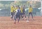 یک ضربه ایستگاهی زیبا در فوتبال آماتور