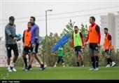 شوک به ملیپوشان فوتبال به خاطر درگذشت منصور پورحیدری