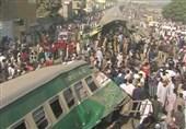 کراچی میں ٹرینوں کو خوفناک حادثہ، 21 افراد جاں بحق، متعدد زخمی/ تصویری رپورٹ