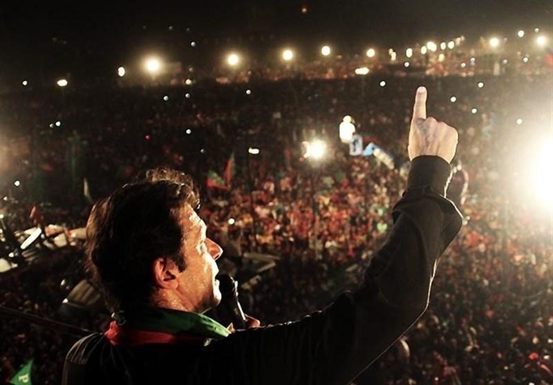 یوم تشکر: عمران خان نے کس کو کیا کہا؟؟