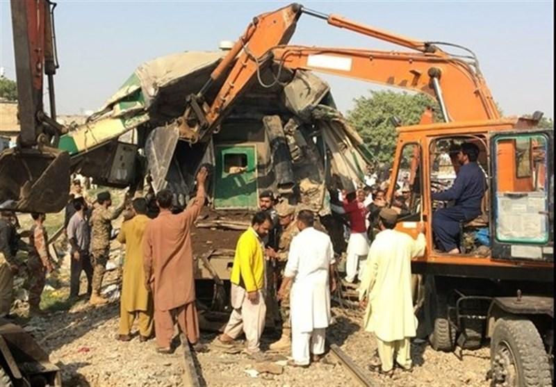 Pakistan: 11 Killed, Dozens Injured in Train Collision