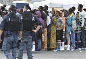 Italy Sends Police to Border with France amid Migrant Row