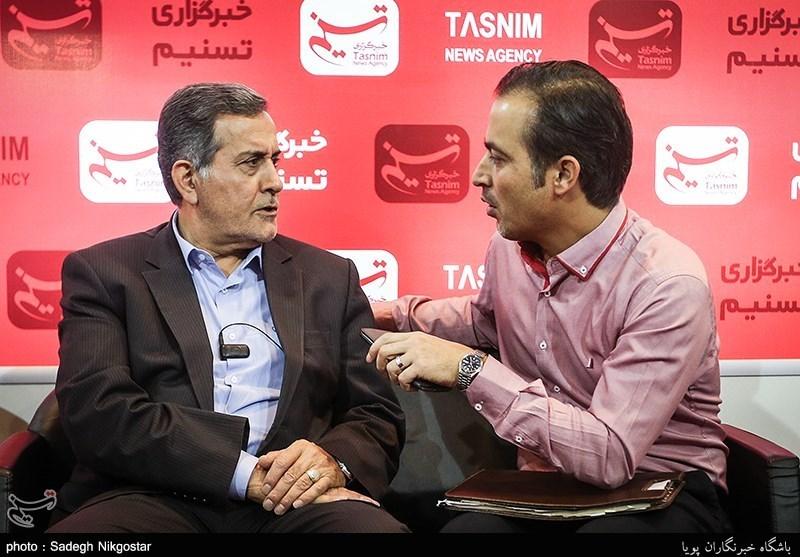 بازدید معاون وزیر راه از غرفه خبرگزاری تسنیم