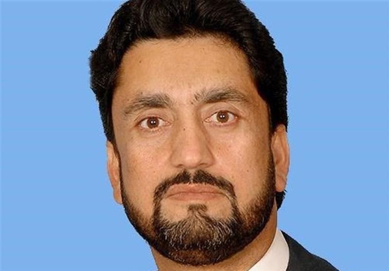یک گام دیگر برای حل مشکلات زوار؛ بازدید وزیر کشور پاکستان از مرز تفتان